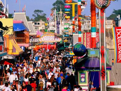23182-20large-crowd-on-saturday-afternoon-at-santa-cruz-beach-boardwalk1
